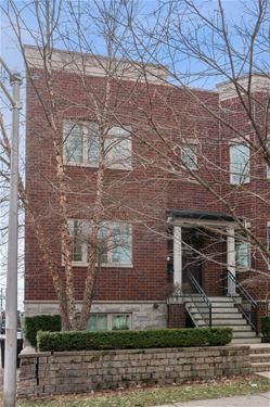 1821 W Sunnyside, Chicago, IL 60640