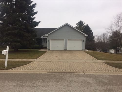 311 Wooded Knoll, Cary, IL 60013