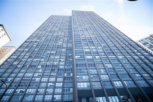 655 W Irving Park Unit 1209, Chicago, IL 60613 Lakeview