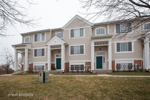1096 Savoy, Elk Grove Village, IL 60007