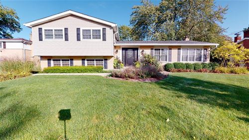 2407 N Verde, Arlington Heights, IL 60004