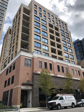 707 N Wells Unit 602, Chicago, IL 60654 River North