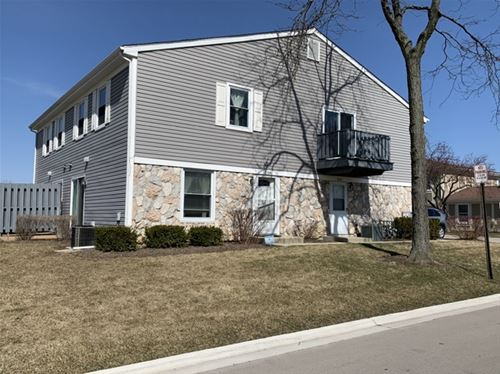 208 Nantucket Harbor, Schaumburg, IL 60193
