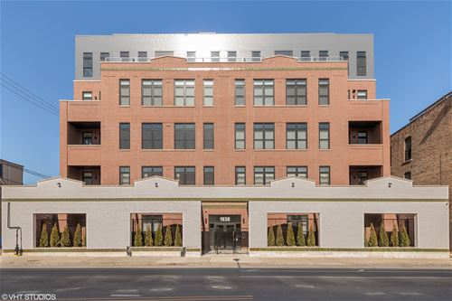 1938 W Augusta Unit 501, Chicago, IL 60622 East Village