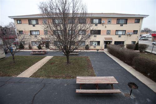 34 S 19th Unit 2W, Maywood, IL 60153