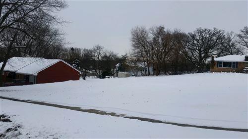 14 Woodview, Algonquin, IL 60102