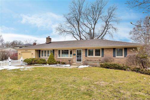 910 Greenwood, Wheaton, IL 60189