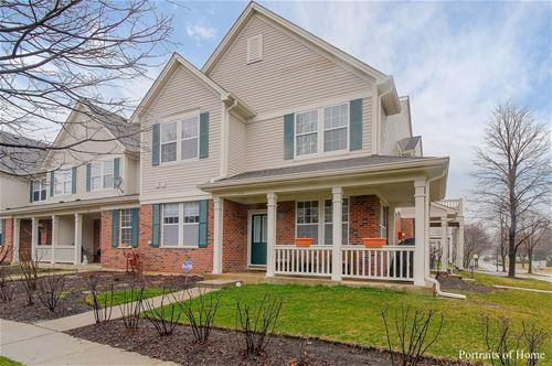 616 W Moreland, Addison, IL 60101