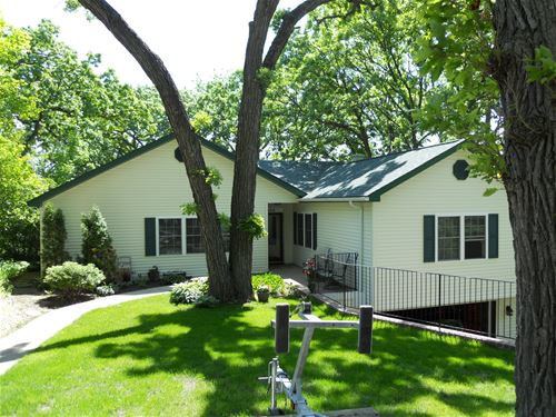 108 Hickory, Lake In The Hills, IL 60156