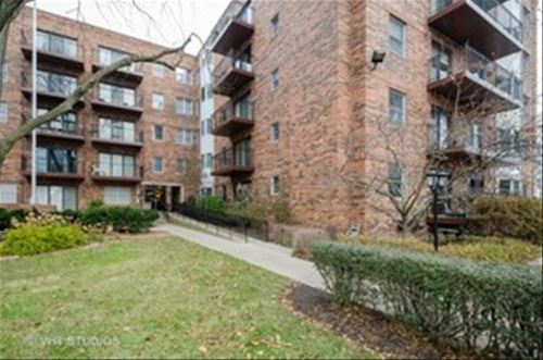 1501 Oak Unit 305, Evanston, IL 60201