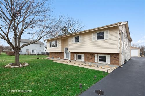 1120 Poplar, Lake In The Hills, IL 60156