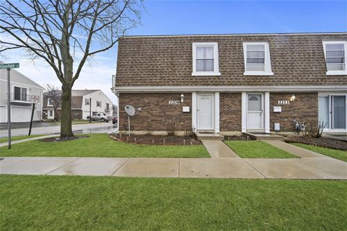2209 Dorchester Unit 68, Schaumburg, IL 60194