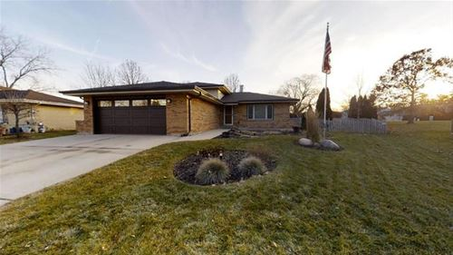 1549 Richards, Downers Grove, IL 60516