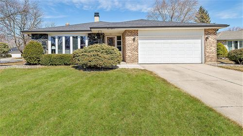 418 Claremont, Downers Grove, IL 60516