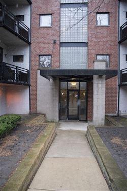 2317 W Wolfram Unit 412, Chicago, IL 60618 Avondale