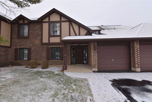 1712 Lakecliffe Unit A, Wheaton, IL 60189