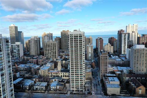 88 W Schiller Unit 1407L, Chicago, IL 60610 Gold Coast