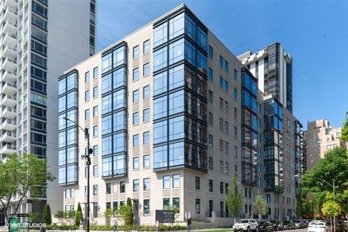 61 E Banks Unit 103, Chicago, IL 60610 Gold Coast