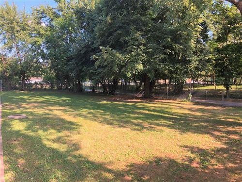 12411 S Green, Calumet Park, IL 60827
