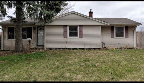 148 Mora, Carpentersville, IL 60110