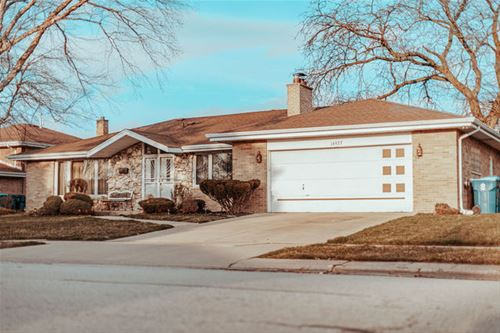 16927 Greenwood, South Holland, IL 60473