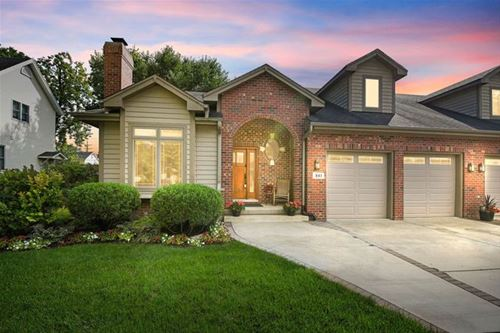841 Rogers, Downers Grove, IL 60515