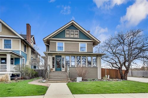 858 S Kenilworth, Oak Park, IL 60304
