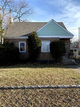 10123 S Yates, Chicago, IL 60617 South Deering