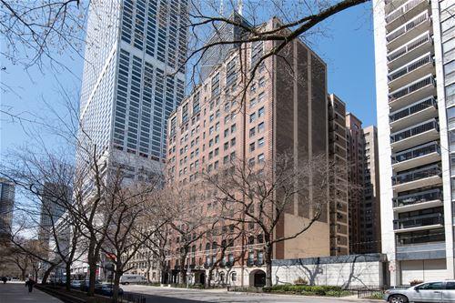210 E Pearson Unit 11CD, Chicago, IL 60611 Streeterville