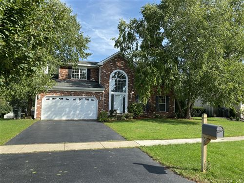 61 Georgetown, Cary, IL 60013