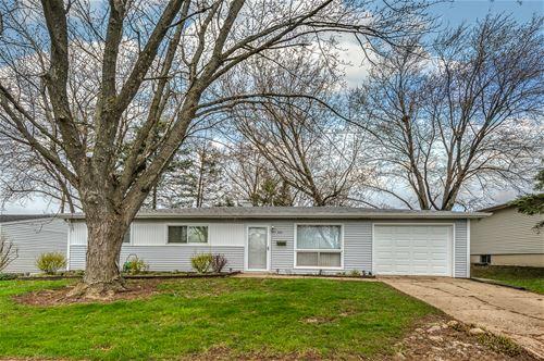 406 Cahill, Streamwood, IL 60107