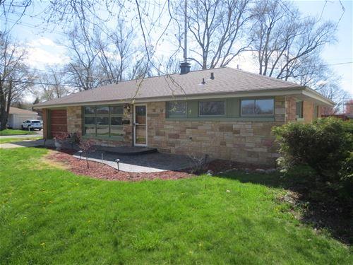 925 Vale, Bloomington, IL 61701