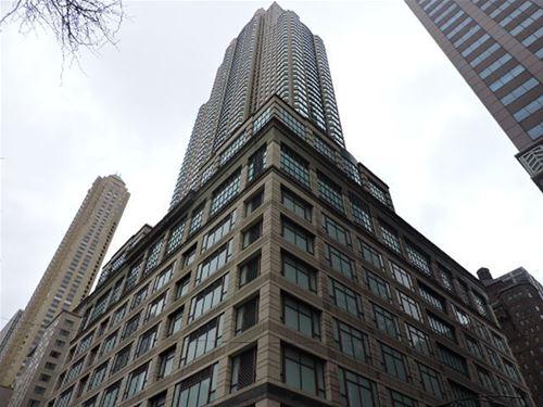 100 E Huron Unit 4201, Chicago, IL 60611 River North