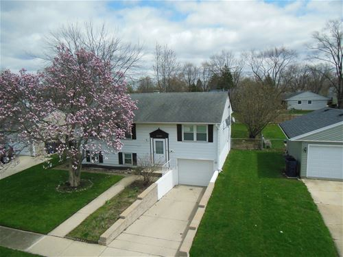 1623 Paul, Glendale Heights, IL 60139