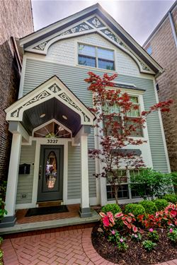3227 N Seminary, Chicago, IL 60657 Lakeview