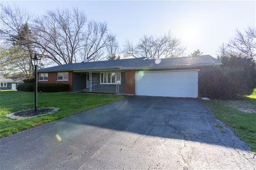 28 Center, Oswego, IL 60543