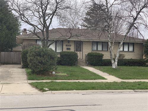 1026 N Fischer, Addison, IL 60101