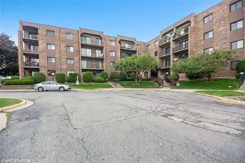 601 W Huntington Commons Unit 309, Mount Prospect, IL 60056