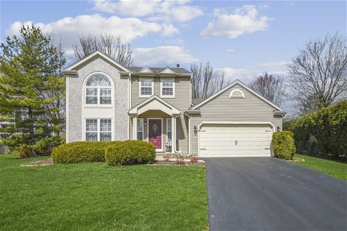 8 Rosewood, Cary, IL 60013