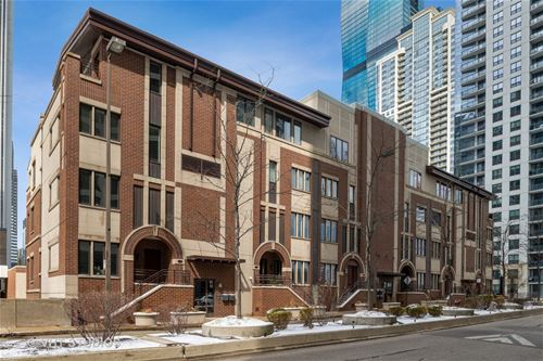 180 N Harbor Unit 180, Chicago, IL 60601 New Eastside