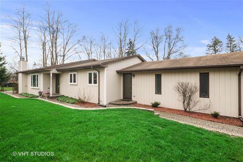 831 S Hough, Barrington, IL 60010