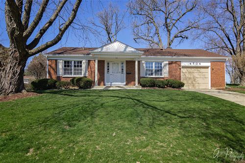 4704 Chesterfield, Mchenry, IL 60050