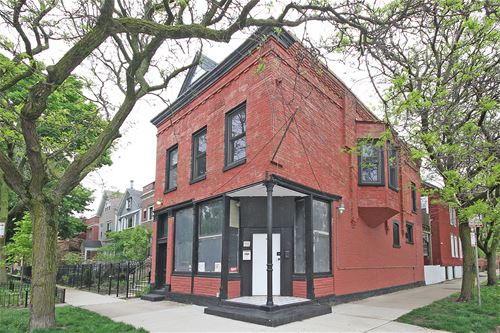 1100 W Wolfram Unit 2F, Chicago, IL 60657 Lakeview