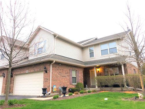609 W St Johns, Addison, IL 60101