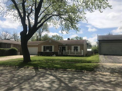 1753 Redwood, Hanover Park, IL 60133