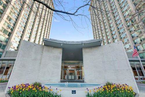 3600 N Lake Shore Unit 1425, Chicago, IL 60613 Lakeview