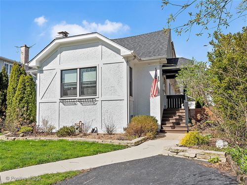 442 S Quincy, Hinsdale, IL 60521