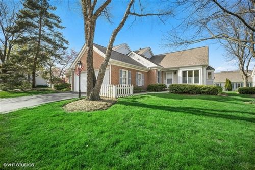 802 Pine Forest, Prospect Heights, IL 60070