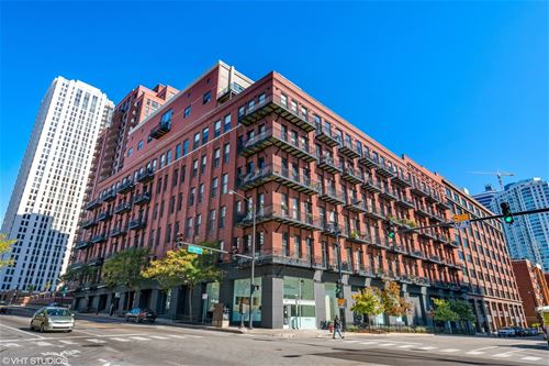 616 W Fulton Unit 301, Chicago, IL 60661 Fulton River District