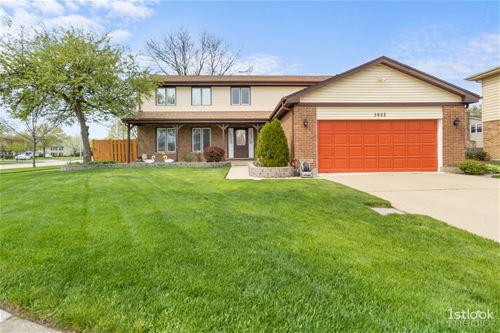 1622 Bray, Arlington Heights, IL 60005